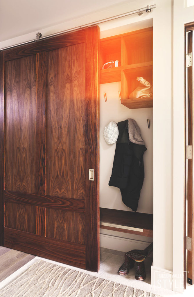 Hudson Valley Style Magazine: The beauty of barn doors.