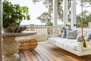 Low maintenance, high curb appeal: Top exterior home trends of 2020