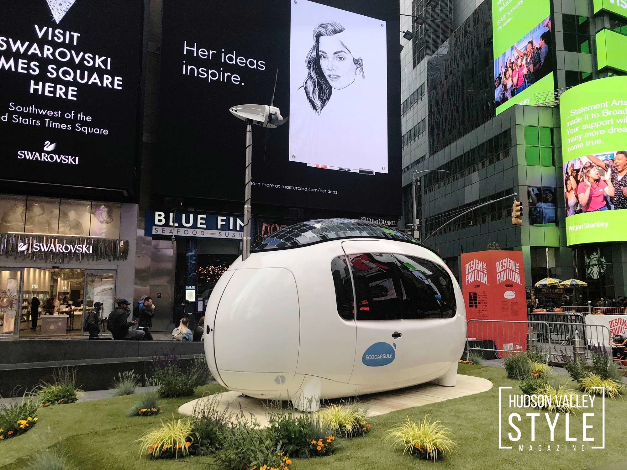 Ecocasule in Times Square in new York City © Ecocapsule Holding