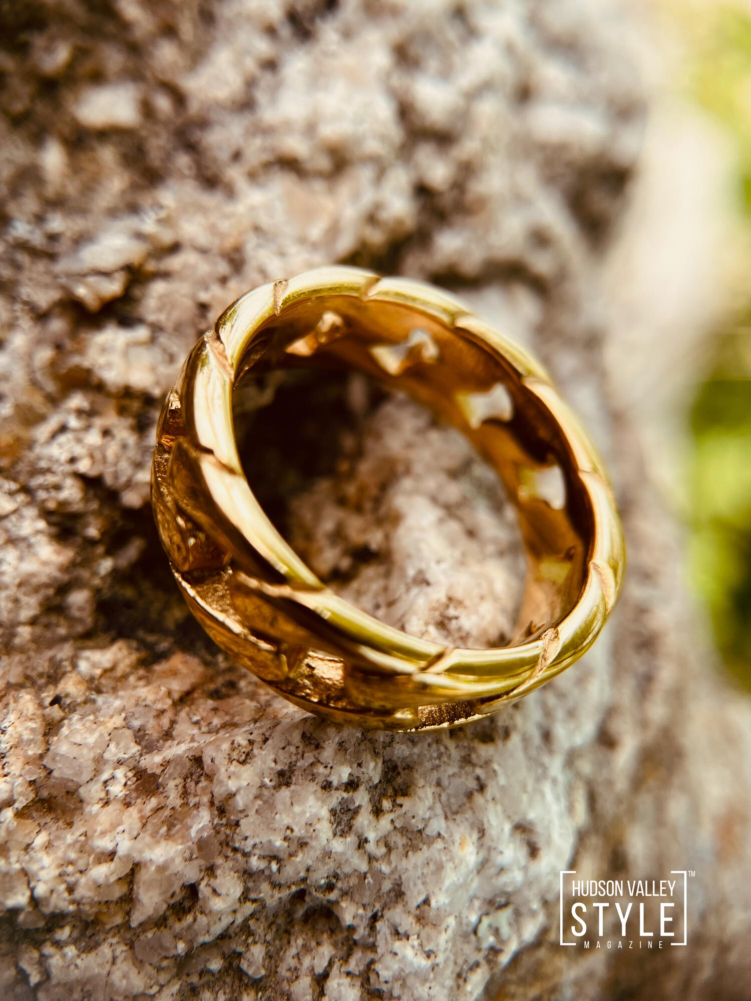 Royal Gold Chain Bracelet by HARD NEW YORK